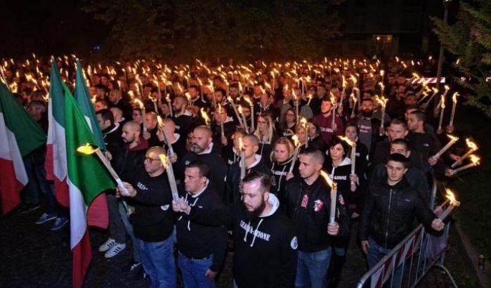 """Il fine settimana """"in famiglia"""" di neonazisti e leghisti"""