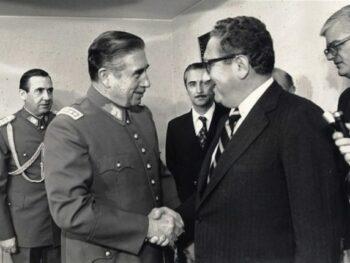 Pinochjet con Nixon